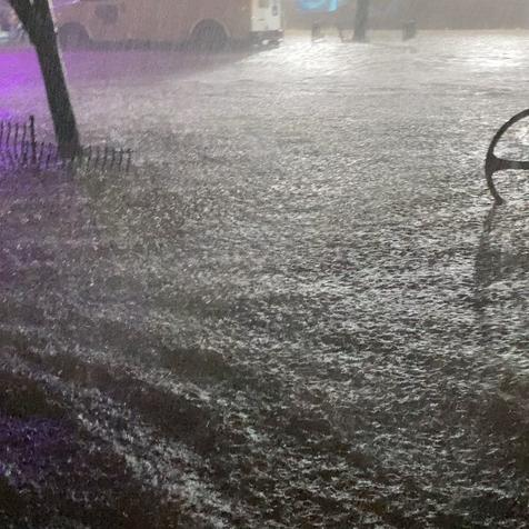 """Brooklyn Under Water After Ida Dumps Over 3"""" Of Rain In One Hour"""